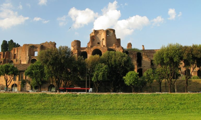 В Риме после 18 лет открылся маршрут по холму Палатин