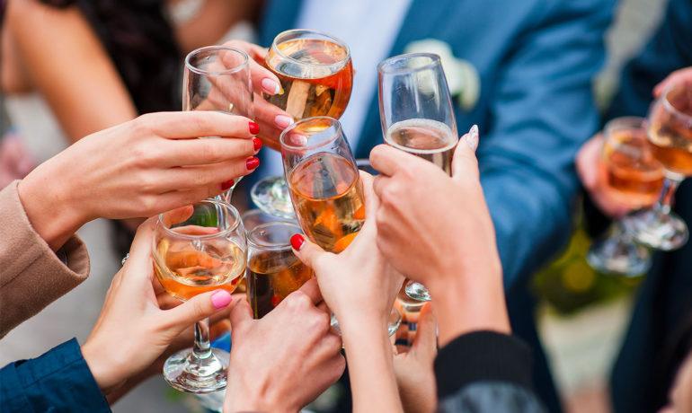 Как употребление алкоголя влияет на выплаты по туристической страховке