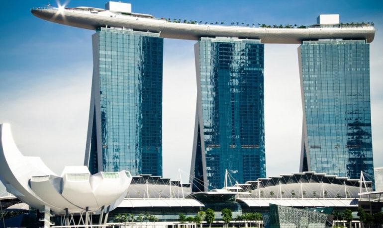 Самый высокий бассейн в мире построят в Дубае