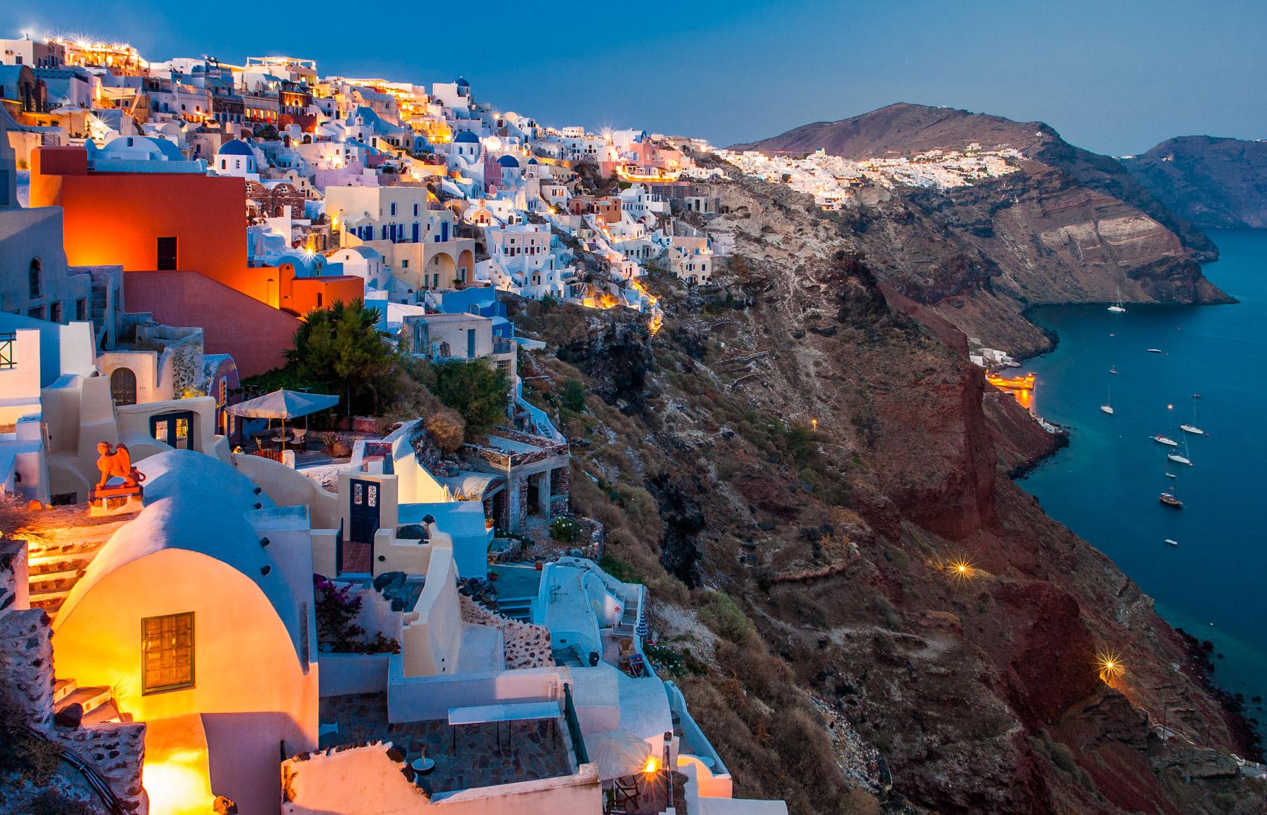 Санторини признан самым очаровательным островом в мире. Кто следующий?
