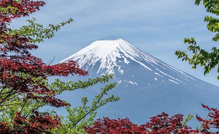 Какие вещи нужно взять с собой для восхождения на Фудзияму в Японии