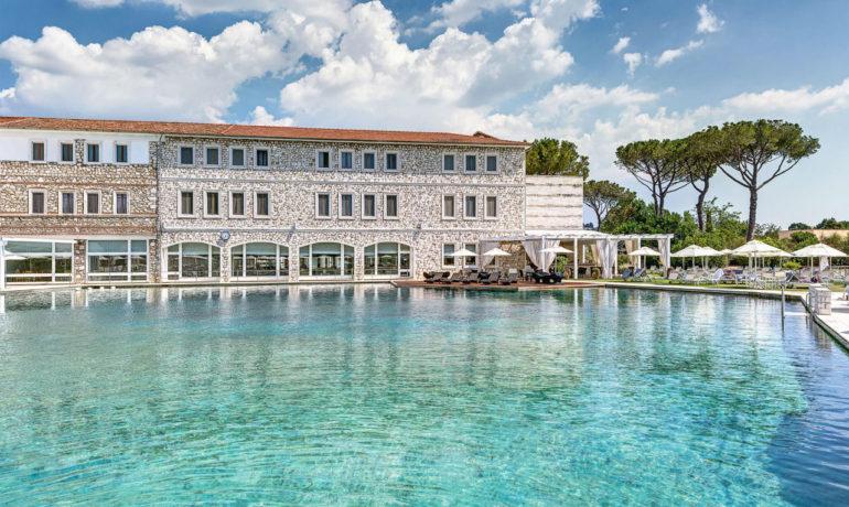 Terme di Saturnia - термальный курорт в Италии