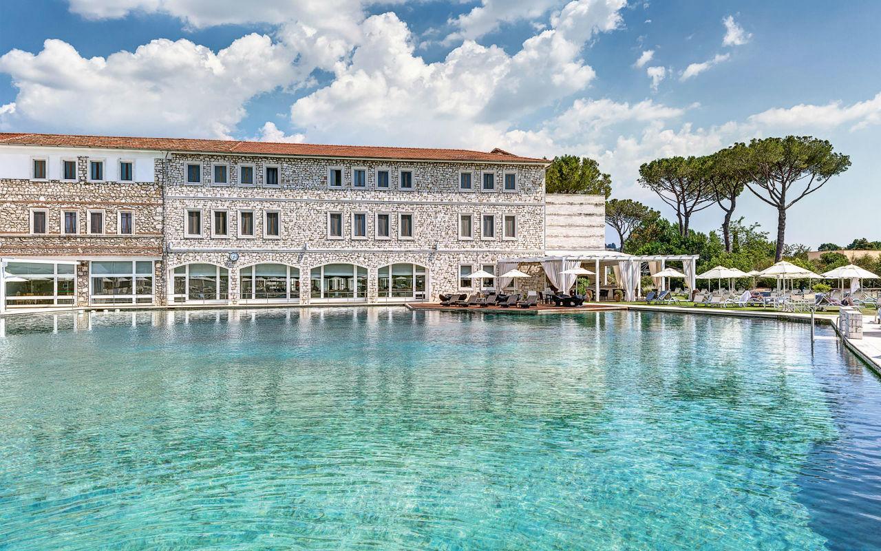 Terme di Saturnia – термальный курорт в Италии